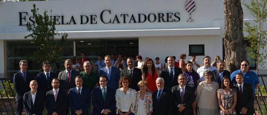 Inaugurada la sede de Escuela de Catadores como centro pionero de formación y promoción del sector primario