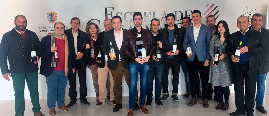 Bodegas y Cooperativas criptanenses presentan, apoyados por el Ayuntamiento, los vinos jóvenes 2018 en Escuela de Catadores